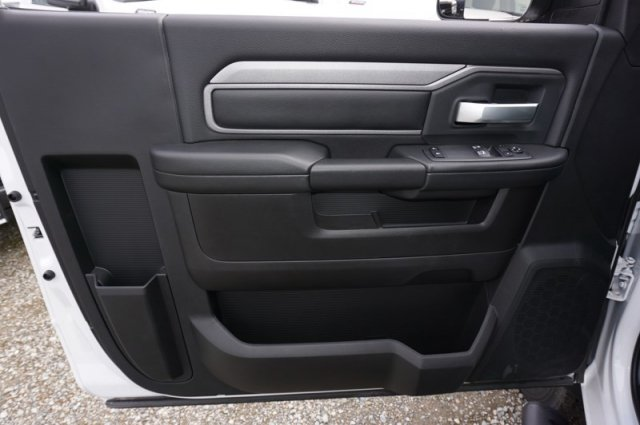2019 Ram 5500 Regular Cab DRW 4x2, Cab Chassis #56583D - photo 8