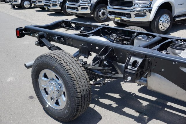 2019 Ram 3500 Crew Cab 4x4,  Cab Chassis #56886D - photo 2