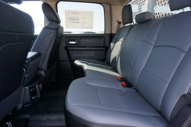 2019 Ram 3500 Crew Cab DRW 4x2,  Royal Stake Bed #57263D - photo 19