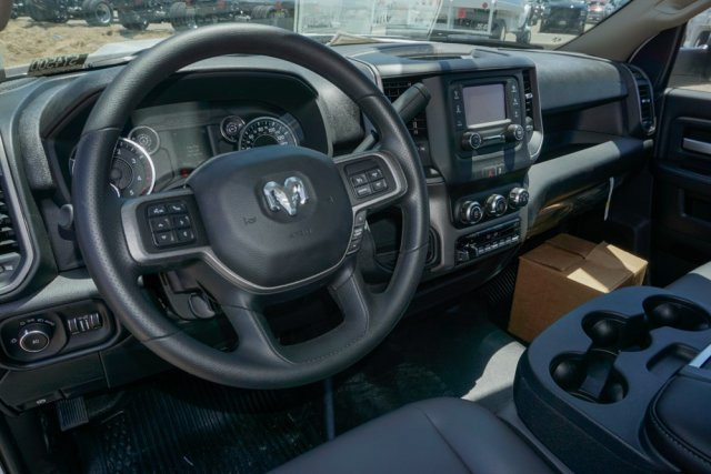 2019 Ram 5500 Regular Cab DRW 4x2, Scelzi Signature Service Body #57450D - photo 9