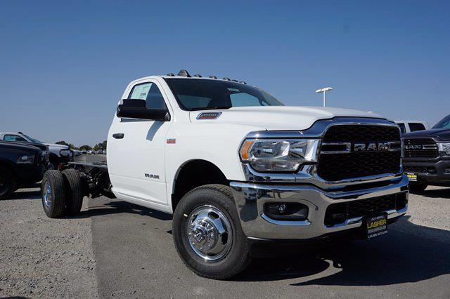 2019 Ram 3500 Regular Cab DRW 4x4, Cab Chassis #58493D - photo 3