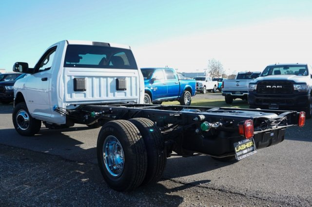 2019 Ram 3500 Regular Cab DRW 4x2, Cab Chassis #58551D - photo 2
