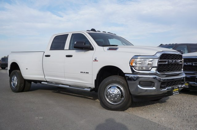 2019 Ram 3500 Crew Cab DRW 4x4, Pickup #58645D - photo 3