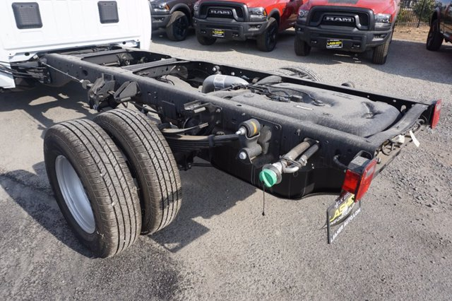 2020 Ram 3500 Regular Cab DRW 4x4, Cab Chassis #59720D - photo 23