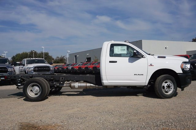 2020 Ram 3500 Regular Cab DRW 4x4, Cab Chassis #59720D - photo 2