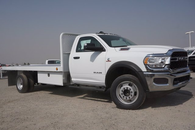 2020 Ram 5500 Regular Cab DRW 4x2, Scelzi WFB Platform Body #61257D - photo 3