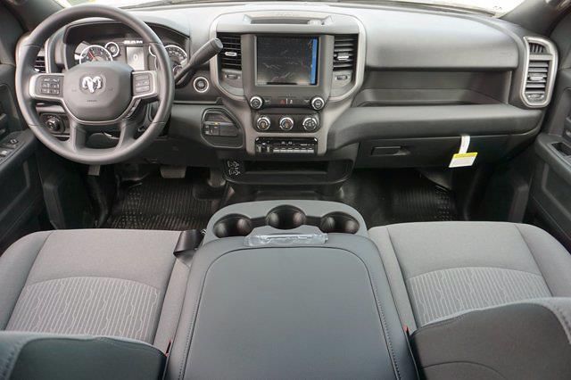 2021 Ram 3500 Crew Cab DRW 4x4, Cab Chassis #63963D - photo 24