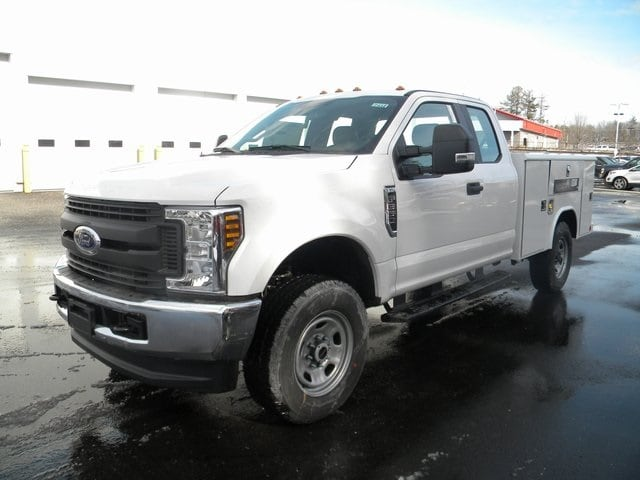 2018 F-350 Super Cab 4x4, Reading Service Body #7432 - photo 3