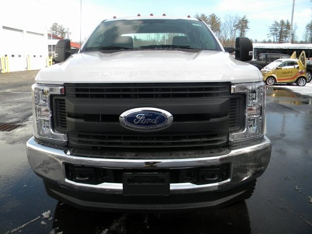 2018 F-350 Super Cab 4x4, Reading Service Body #7432 - photo 4