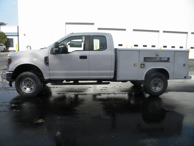 2018 F-350 Super Cab 4x4, Reading Service Body #7432 - photo 9