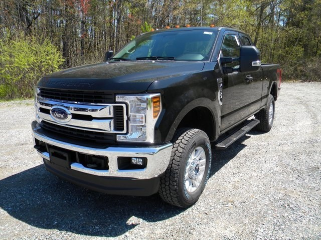 2018 F-250 Super Cab 4x4,  Pickup #7597 - photo 3