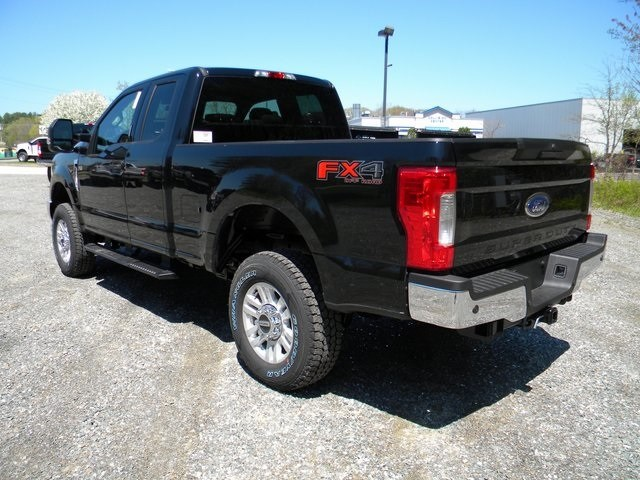 2018 F-250 Super Cab 4x4,  Pickup #7597 - photo 5