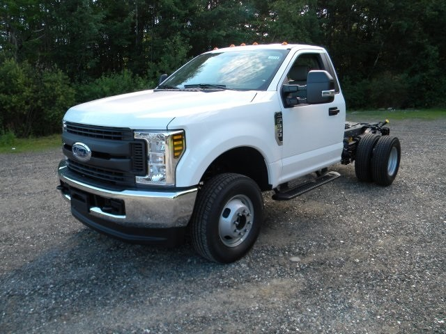 2018 F-350 Regular Cab DRW 4x4,  Cab Chassis #7695 - photo 3