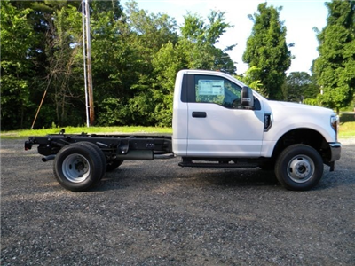 2018 F-350 Regular Cab DRW 4x4,  Cab Chassis #7695 - photo 7