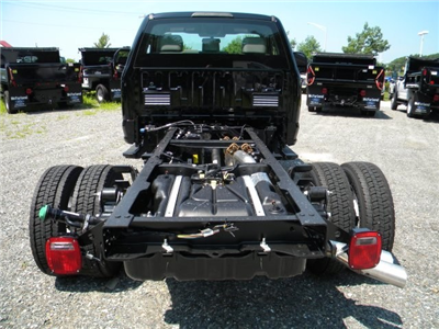 2019 F-450 Regular Cab DRW 4x4,  Cab Chassis #7778 - photo 6