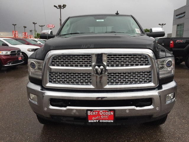 2018 Ram 3500 Crew Cab 4x4,  Pickup #R17091 - photo 3