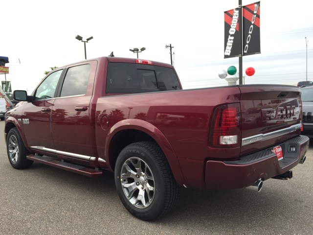 2018 Ram 1500 Crew Cab 4x4,  Pickup #R17299 - photo 5