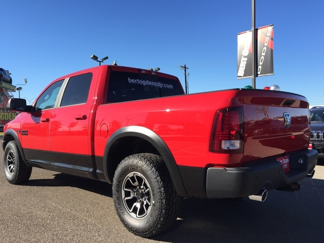 2018 Ram 1500 Crew Cab 4x4,  Pickup #R17333 - photo 5