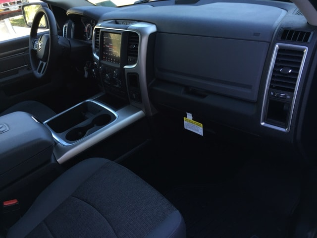 2018 Ram 1500 Crew Cab 4x2,  Pickup #R17354 - photo 17