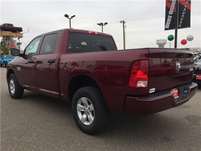 2018 Ram 1500 Crew Cab 4x4,  Pickup #R18565 - photo 5