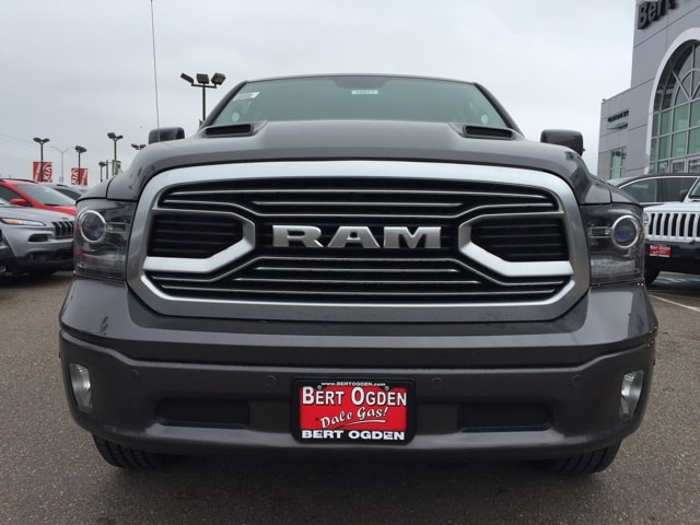 2018 Ram 1500 Crew Cab 4x4,  Pickup #R18577 - photo 3