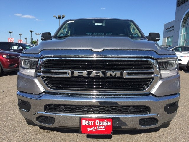2019 Ram 1500 Crew Cab 4x2,  Pickup #R18774 - photo 3