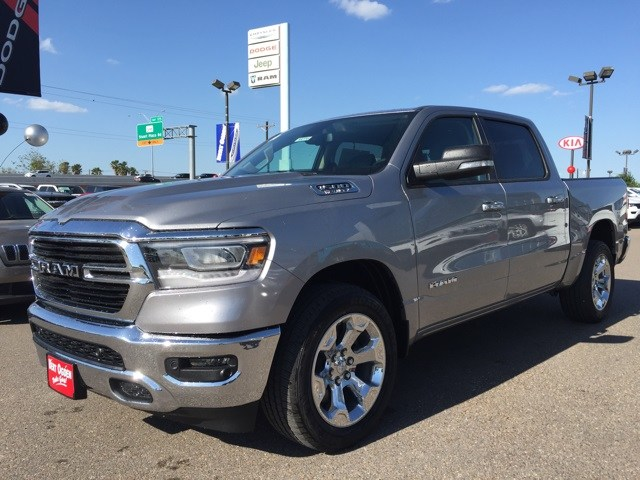 2019 Ram 1500 Crew Cab 4x2,  Pickup #R18774 - photo 4