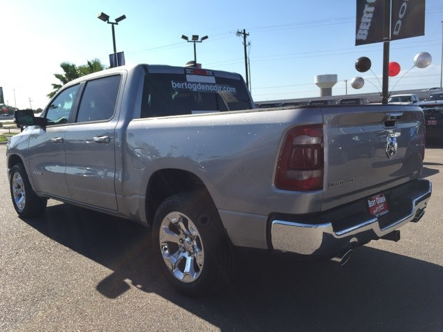 2019 Ram 1500 Crew Cab 4x2,  Pickup #R18774 - photo 5