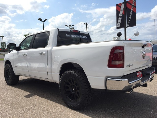 2019 Ram 1500 Crew Cab 4x4,  Pickup #R18777 - photo 5