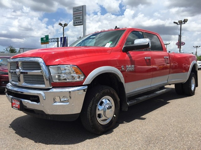 2018 Ram 3500 Crew Cab DRW 4x4,  Pickup #R18814 - photo 4