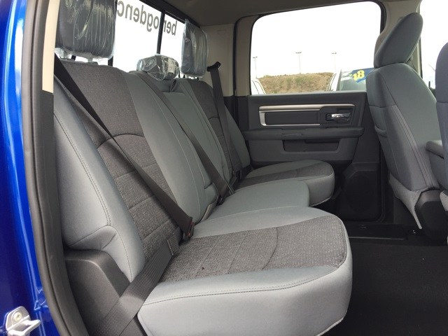 2018 Ram 1500 Crew Cab 4x4,  Pickup #R18817 - photo 18