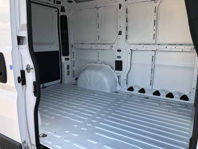 2018 ProMaster 1500 Standard Roof FWD,  Empty Cargo Van #R18962 - photo 19