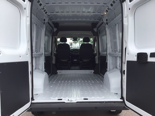 2018 ProMaster 2500 High Roof FWD,  Empty Cargo Van #R19025 - photo 2