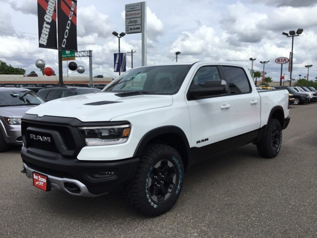 2019 Ram 1500 Crew Cab 4x4,  Pickup #R19028 - photo 4