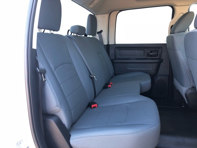 2018 Ram 2500 Crew Cab 4x2,  Pickup #R19147 - photo 18