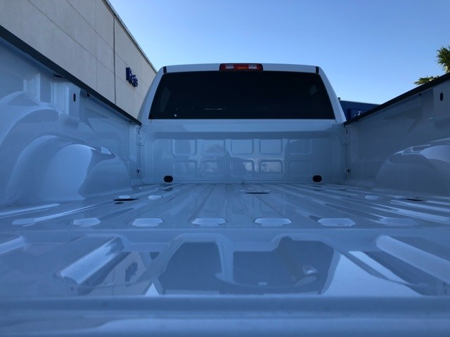 2018 Ram 3500 Crew Cab DRW 4x2,  Pickup #R19173 - photo 19