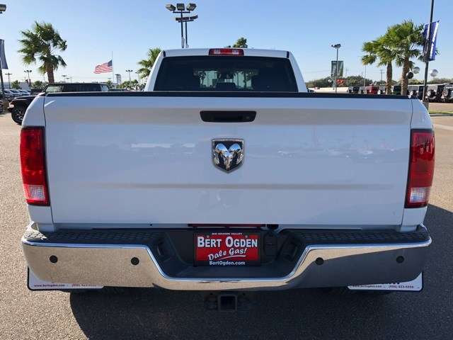 2018 Ram 3500 Crew Cab DRW 4x2,  Pickup #R19173 - photo 6
