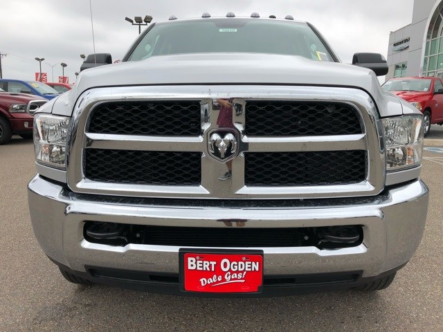 2018 Ram 3500 Crew Cab DRW 4x4,  Pickup #R19210 - photo 3