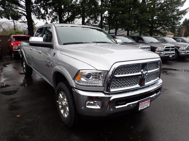 2018 Ram 3500 Crew Cab 4x4,  Pickup #8D23700 - photo 4