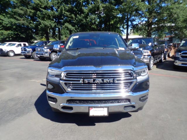 2019 Ram 1500 Crew Cab 4x4,  Pickup #D06142 - photo 3