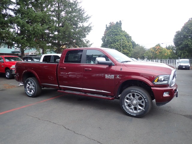 2018 Ram 3500 Crew Cab 4x4,  Pickup #D10958 - photo 5
