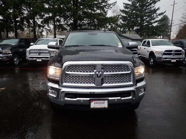 2018 Ram 3500 Crew Cab 4x4,  Pickup #D21721 - photo 3