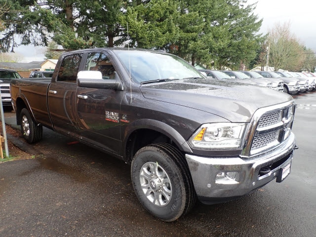 2018 Ram 3500 Crew Cab 4x4,  Pickup #D23705 - photo 4