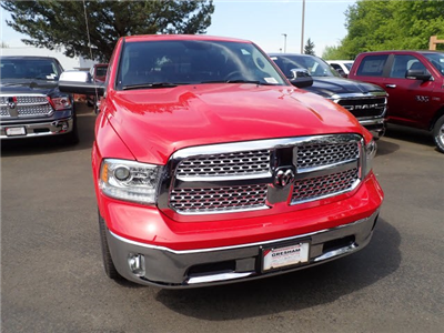 2018 Ram 1500 Crew Cab 4x4,  Pickup #D56651 - photo 3
