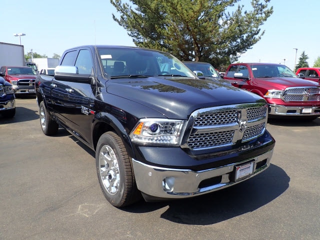 2018 Ram 1500 Crew Cab 4x4,  Pickup #D57409 - photo 4