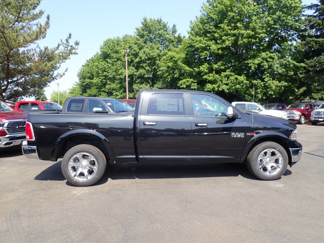 2018 Ram 1500 Crew Cab 4x4,  Pickup #D57409 - photo 5