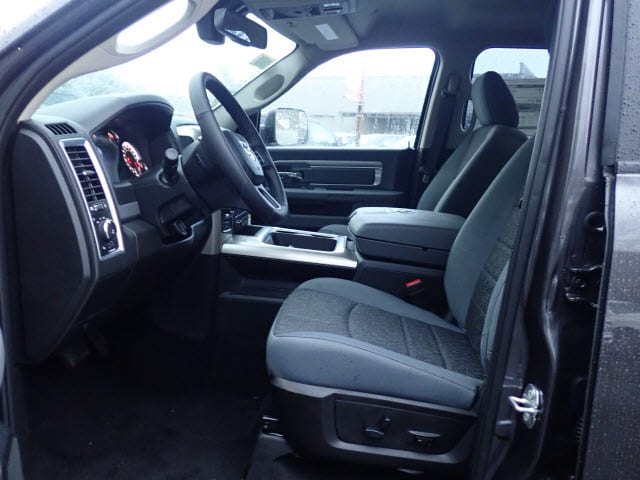 2019 Ram 1500 Crew Cab 4x4,  Pickup #D60885 - photo 11