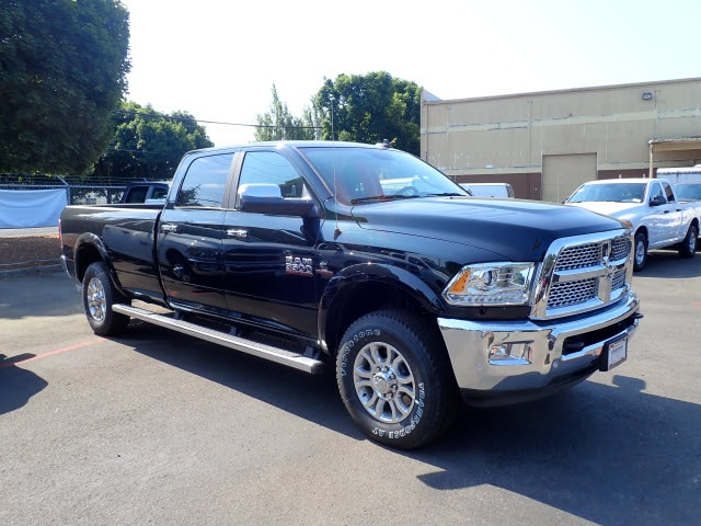2018 Ram 3500 Crew Cab 4x4,  Pickup #D99900 - photo 4