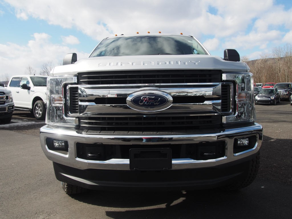 2019 F-250 Crew Cab 4x4, Pickup #10000T - photo 3