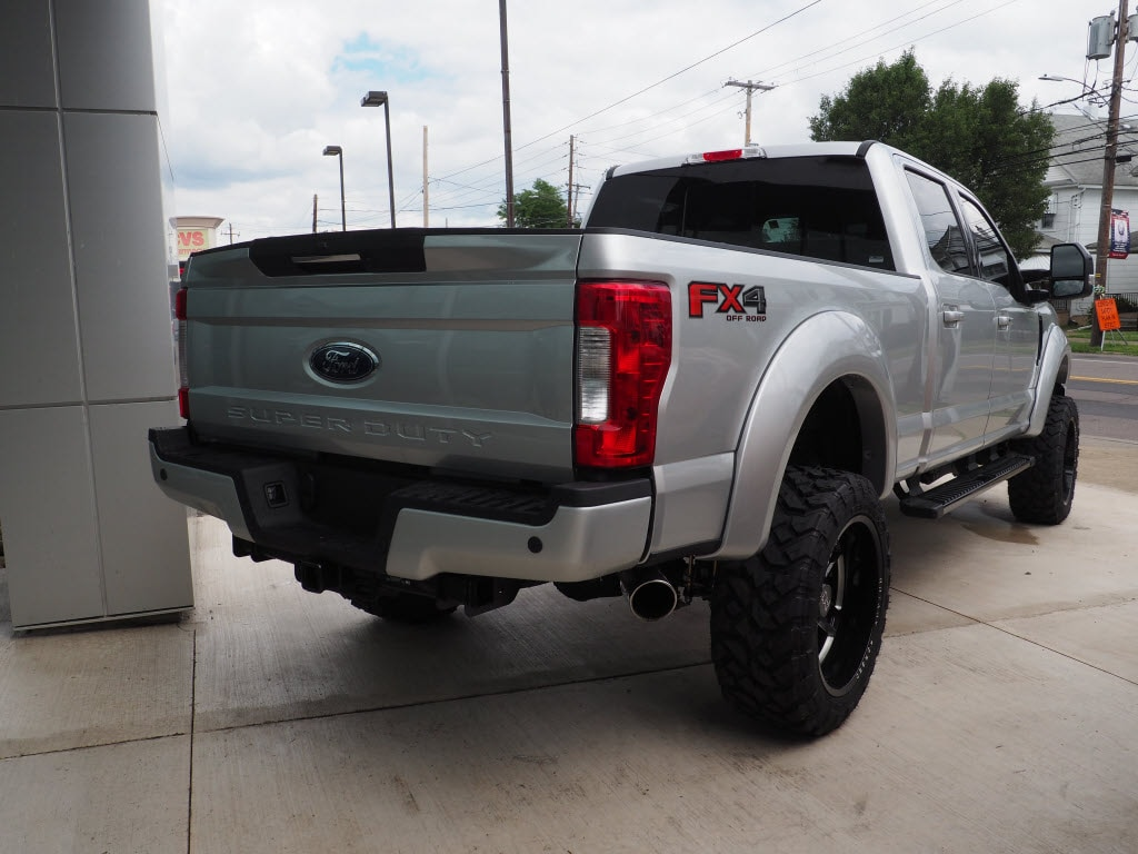 2019 Ford F-250 Crew Cab 4x4, Pickup #10102T - photo 2